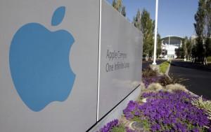 Steve Jobs ha comunicato al consiglio d'amministrazione della Apple le sue dimissioni con effetto immediato